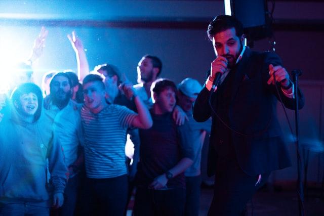 הופעה במסיבת רווקים